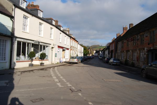 Picure of Long Street with Tearoom